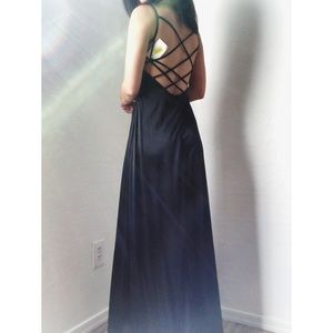 a03d4de6f96 Dillard s Dresses - NWT black satin backless long evening gown prom